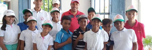 Caraballeda realiza torneo cierre de temporada de la Escuela de Golf Menor